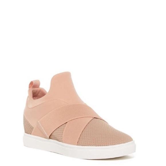 d5fb7d54987 Steve Madden Laynie Wedge Sneaker